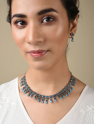 Turquoise Silver Tone Handcrafted Necklace And Earrings With Pearls