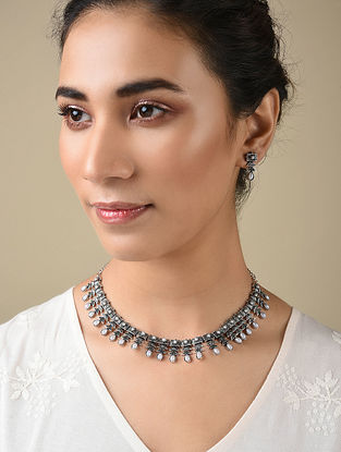 Silver Tone Handcrafted Necklace And Earrings With Pearls