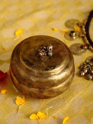 Vintage Handmade Brass Box (L - 3.5in, W - 3.5in, H - 2.7in)