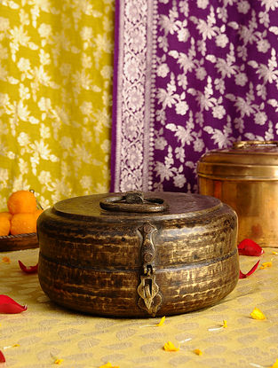 Vintage Handmade Brass Chapati Box (Length - 9.5in, Width - 9in, Height - 4.5in)
