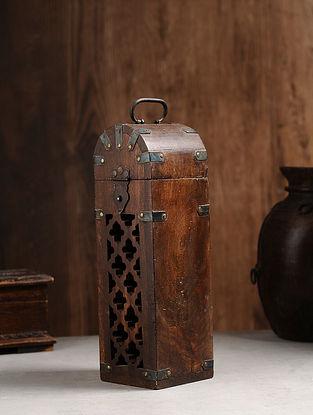 Vintage Hand Carved Wood Bottle Case (L:4.5in, W:4.3in, H:14.1in )