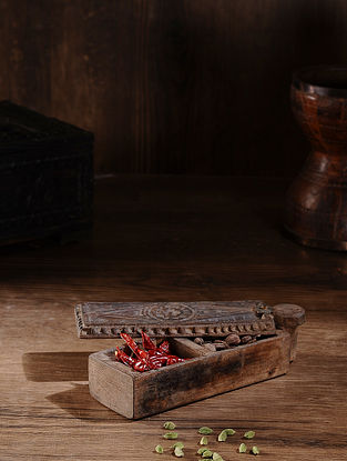 Vintage Hand Carved Wood Spice Box (L:10.2in, W:3.1in, H:2.3in )