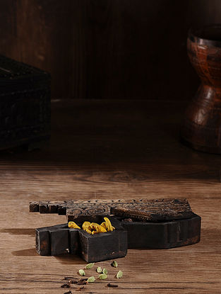 Vintage Hand Carved Wood Spice Box (L:10.1in, W:2.6in, H:2in )