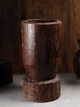 Vintage Hand Carved Wood Pounding Pot (L:10in, W:10in, H:sin )