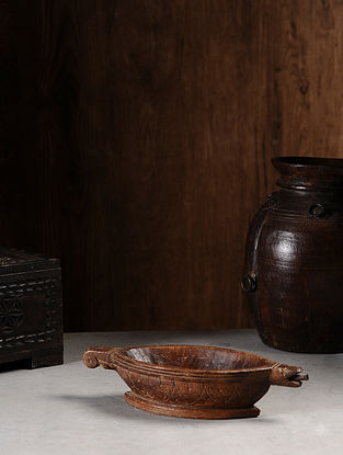 Vintage Hand Carved Wood Bowl (L:12.1in, W:4.6in, H:2.6in )