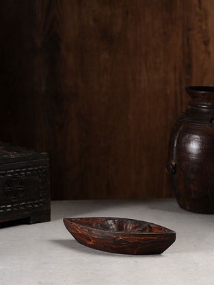 Vintage Hand Carved Wood Bowl (L:10.1in, W:4in, H:1.7in )