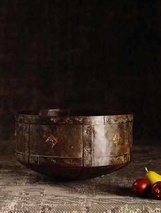 Brown Iron Vintage Grain Measures (L- 11in, W- 11in, H- 5.5in)