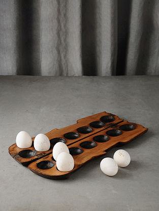 Brown Handmade Vintage Wooden Egg Tray (L-13.7in W-3.2in)