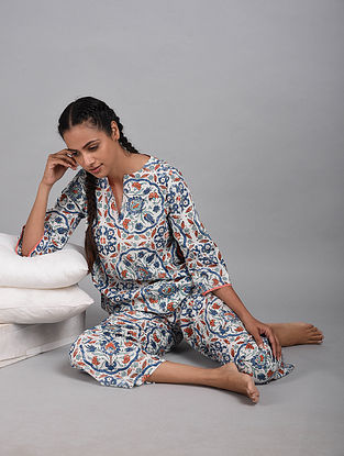 Turkish Tiles Printed Cotton Top with Pyjamas (Set of 2)