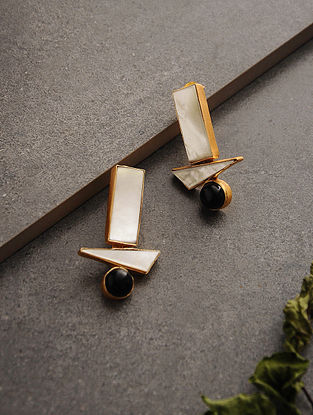 White-Black Gold Tone Onyx and Mother of Pearl Earrings