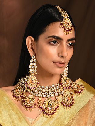 Multicolored Gold Tone Kundan Necklace with Earrings and Maang Tikka (Set of 3)