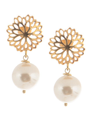 Gold-plated Silver Earrings with Shell Pearls