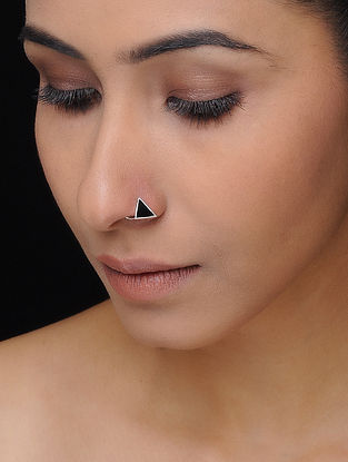 Black Enameled Silver Nose Pin