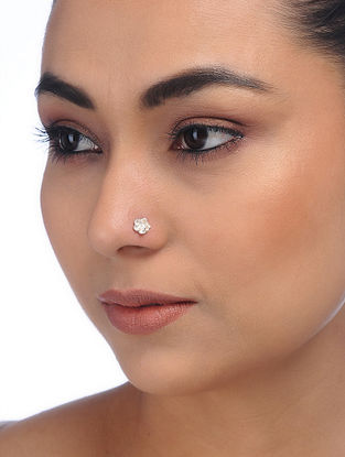 Classic Silver Nose Pin