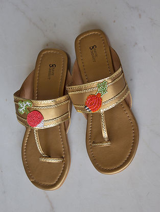 Dull Gold Handcrafted Kolhapuri Flats