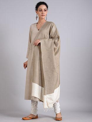 Grey-White Handwoven Sambalpuri Ikat Tussar Silk Dupatta