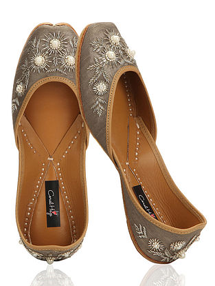 Grey-Silver Hand-Embroidered Silk Jutti With Pearl