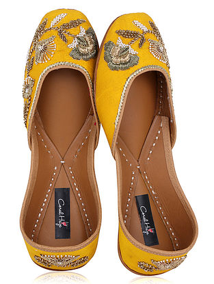 Yellow Zardozi Embroidered Raw Silk Juttis