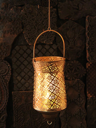Shyama Handcrafted Iron Hanging Tea Light Holder (L:3.5in, W:3.5in, H:10.2in)