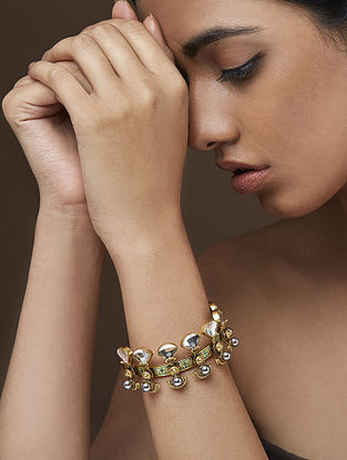 AMRAPALI- Baroque Raindrop Bracelet Made with Swarovski Crystals & pearls