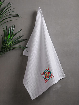 White Embroidered Cotton Hand Towels (Set of 2) (26in x 18in)