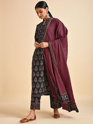 Maroon Cotton Mul Dupatta with Ajrakh and Gota Details