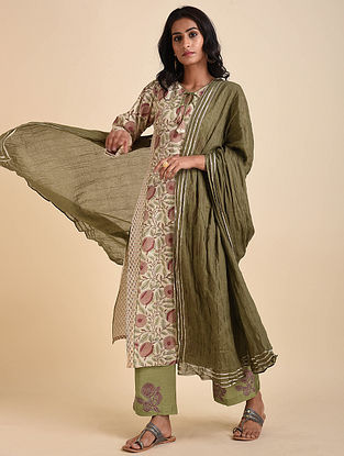 Green Cotton Mul Dupatta with Gota Details