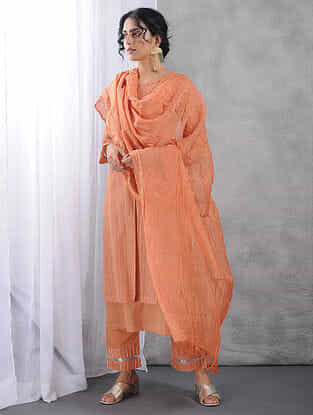 Peach Crinkled Silk Cotton Dupatta with Zari