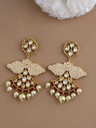 Cream Gold Tone Kundan Enameled Earrings With Pearls