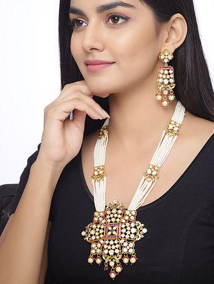 Pink White Gold Tone Kundan Beaded Necklace and Earrings with Pearls