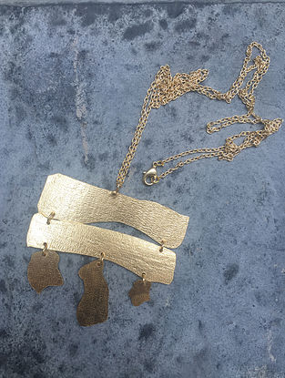 Classic Gold Tone Brass Pendant Necklace