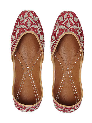 Maroon-Gold Zari Embroidered Silk and Leather Juttis