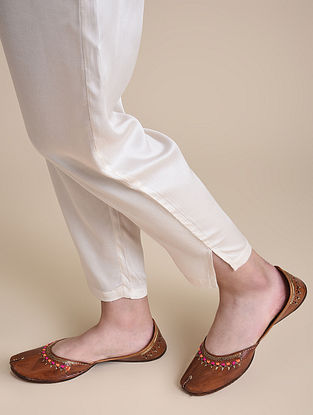Brown Multicolored Handcrafted Leather Juttis
