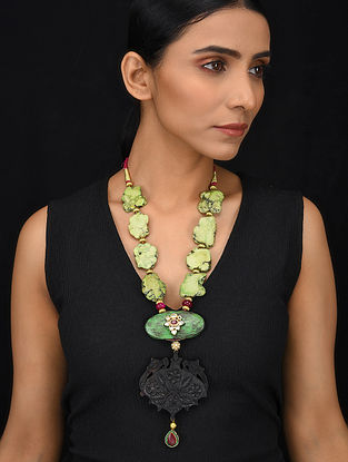 Green Black Gold Tone Wood Jadau Necklace