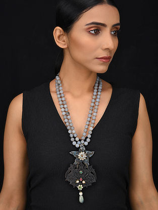 Black Grey Gold Tone Wood Jadau Necklace
