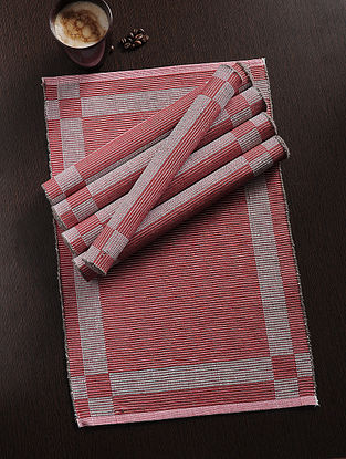 Red Handwoven Cotton Table Mat (Set of 6) (19in x 13in)