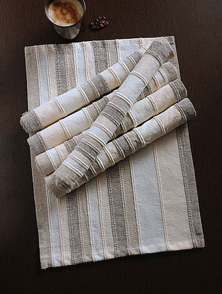 Beige Handwoven Cotton Table Mat (Set of 6) (18in x 13.5in)