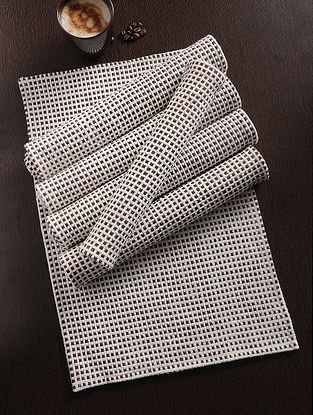Brown Handwoven Cotton Table Mat (Set of 6) (19in x 13in)
