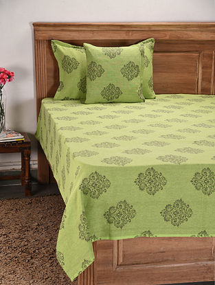Green Handwoven Jacquard Cotton Bedcover with Pillow Cover and Cushion Cover