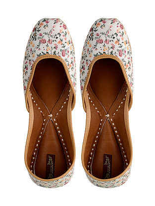 White-Multicolored Printed Leather Jutti