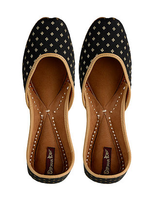 Black-Gold Handcrafted Leather Jutti
