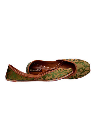 Green-Gold Brocade Leather Juttis