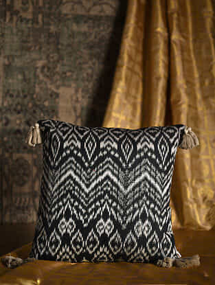 Panthera Black-White Cotton and Silk Cushion Cover with Tassels (20in x 20in)
