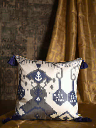 Gardenia Blue Silk Cushion Cover with Tassels (20in x 20in)