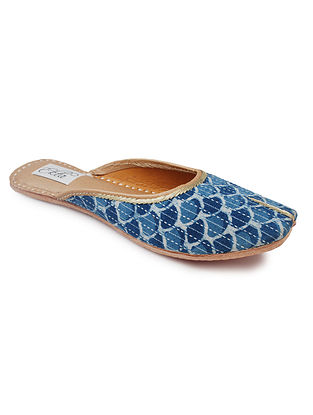 Blue Handcrafted Bagru Cotton and Leather Mojaris