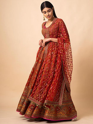 Red Benarasi Kadwa Handwoven Silk Lehenga with Blouse and Net Dupatta (Set of 3)
