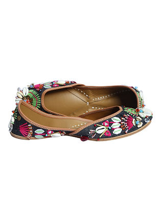 Black Multicolor Hand Embroidered Pure Leather Jutti
