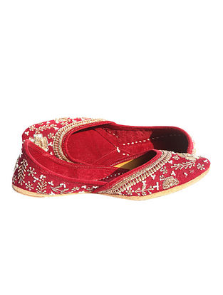 Maroon Hand Embroidered Pure Leather Jutti