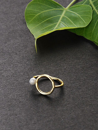 Gold Tone Ring with Pearl