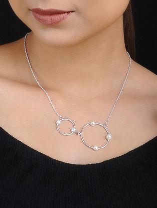 Silver Plated Necklace with Pearls